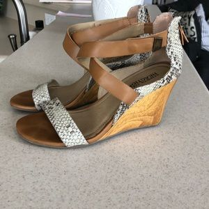 Kenneth Cole Snakeskin Wedges